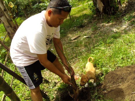 Bobby and Twingkay...Planting